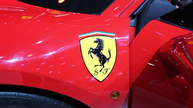 Loat sieu xe Ferrari dac biet ky niem 70 nam thanh lap hang hinh anh 8