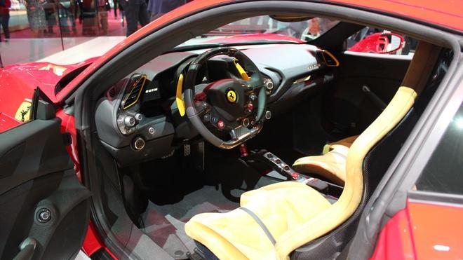 Loat sieu xe Ferrari dac biet ky niem 70 nam thanh lap hang hinh anh 5