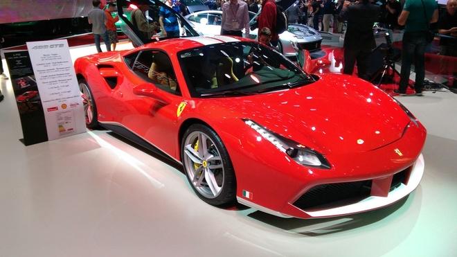 Loat sieu xe Ferrari dac biet ky niem 70 nam thanh lap hang hinh anh 6
