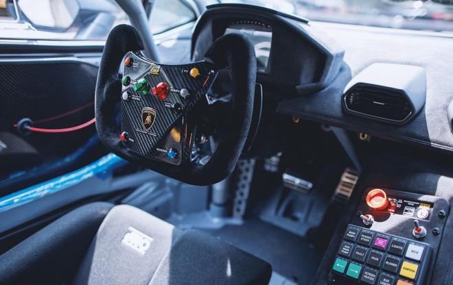 Lamborghini Huracan manh 620 ma luc cap ben Hong Kong hinh anh 3