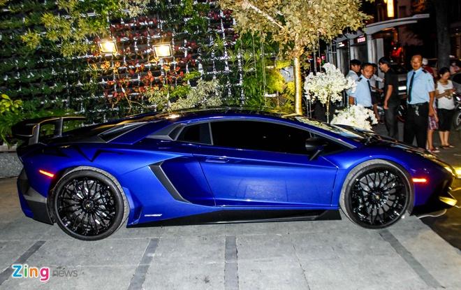 Dai tiec Lamborghini cua Minh Nhua o Sai Gon hinh anh 3