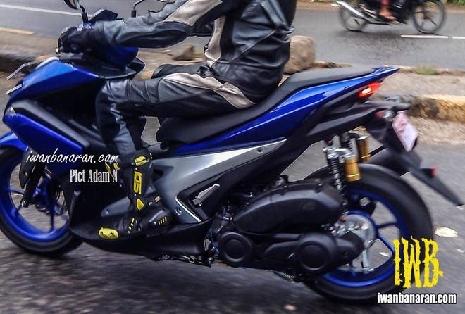 Nhung diem dang chu y tren Yamaha NVX thay the Nouvo hinh anh
