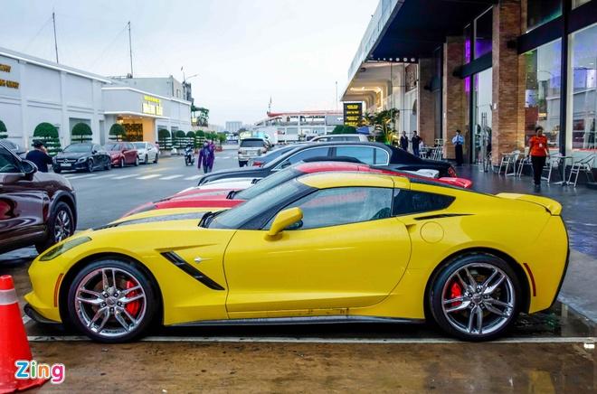 Ba xe the thao Corvette Stingray tai TP.HCM hinh anh 6