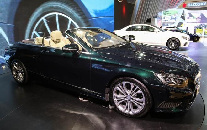 Mercedes S500 mui tran gia gan 11 ty vua ra mat tai VN hinh anh