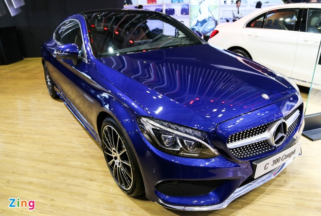 Chi tiet Mercedes C300 Coupe gia 2,7 ty dong tai VIMS hinh anh 1