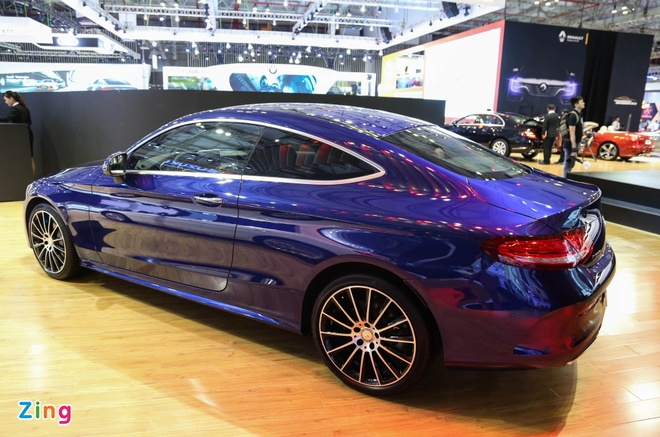 Chi tiet Mercedes C300 Coupe gia 2,7 ty dong tai VIMS hinh anh 12