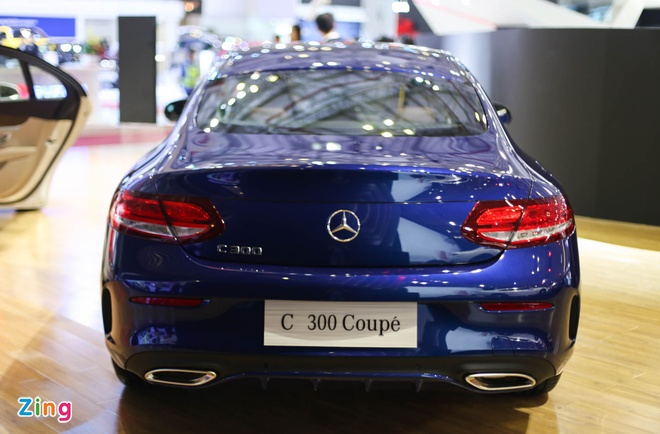 Chi tiet Mercedes C300 Coupe gia 2,7 ty dong tai VIMS hinh anh 4