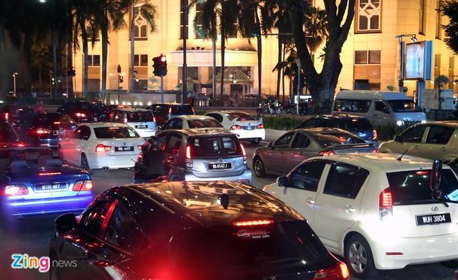 gia xe hoi Malaysia anh 1