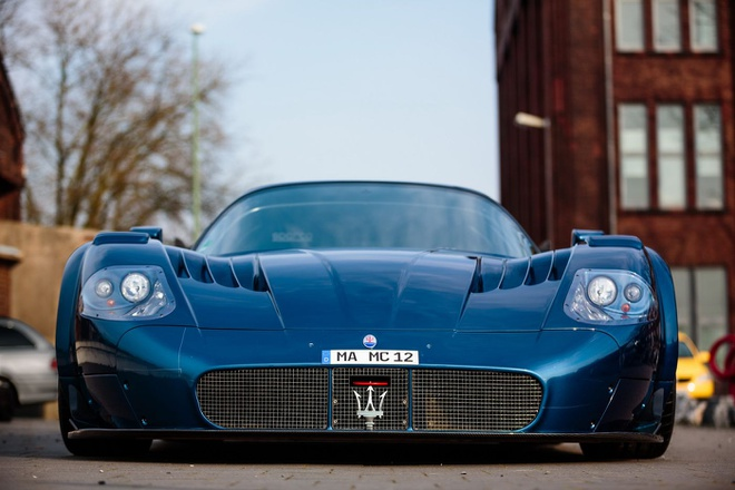 Do Maserati MC12 1,8 trieu USD thanh sieu xe duong pho hinh anh