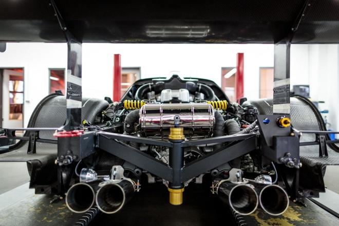 Do Maserati MC12 1,8 trieu USD thanh sieu xe duong pho hinh anh 2