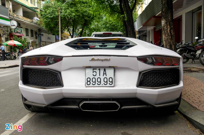 Lamborghini Aventador dau tien Viet Nam doi mau hinh anh 9