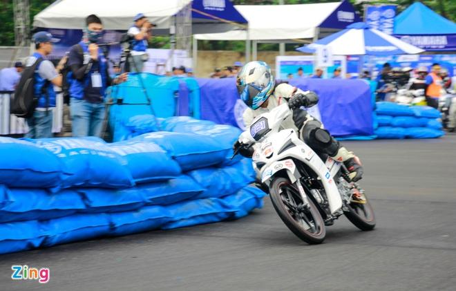 Giai dua xe Yamaha Exciter 150 anh 13