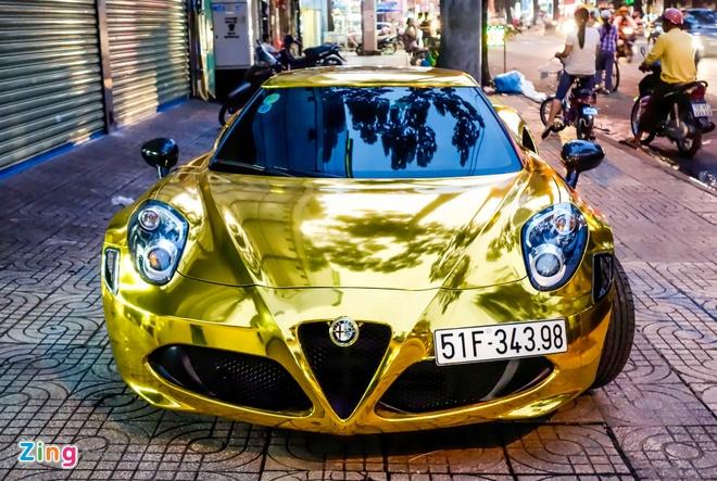 Alfa Romeo 4C Sai Gon ma vang phong cach dan choi Dubai hinh anh 1