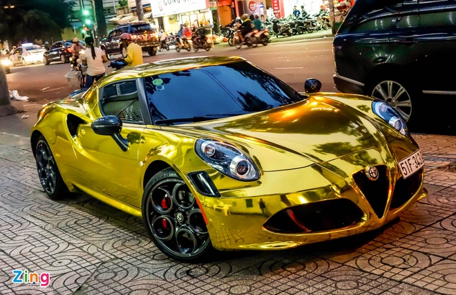 Alfa Romeo 4C Sai Gon ma vang phong cach dan choi Dubai hinh anh 2
