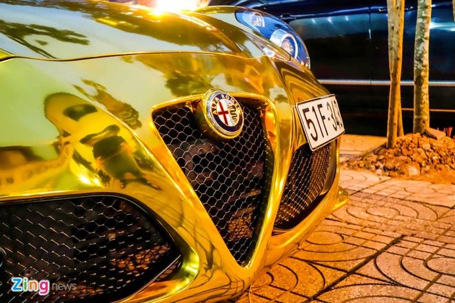 Alfa Romeo 4C Sai Gon ma vang phong cach dan choi Dubai hinh anh 6