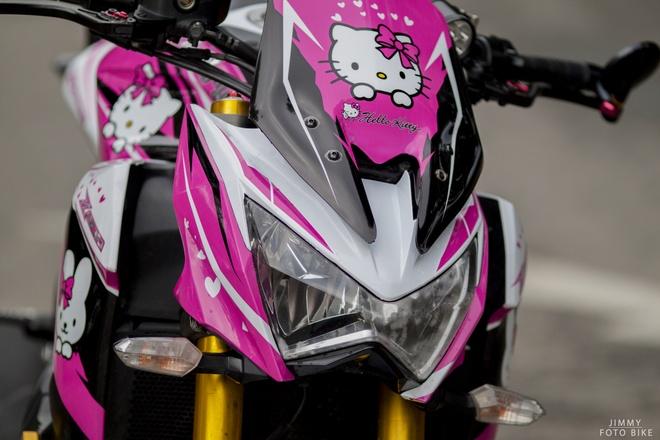 Kawasaki Z800 do Hello Kitty cua nu biker Sai Gon hinh anh 4