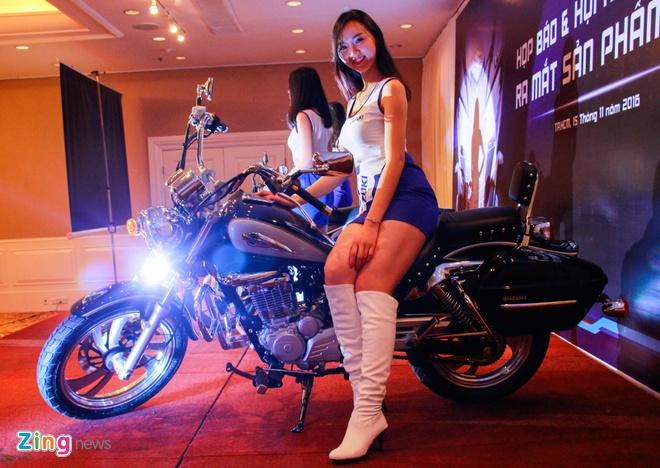 Moto hoai co Suzuki GZ150-A tro lai Viet Nam gia 64 trieu hinh anh 10