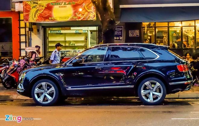 Anh Bentley Bentayga - sieu SUV gia 19 ty dong o Sai Gon hinh anh 2