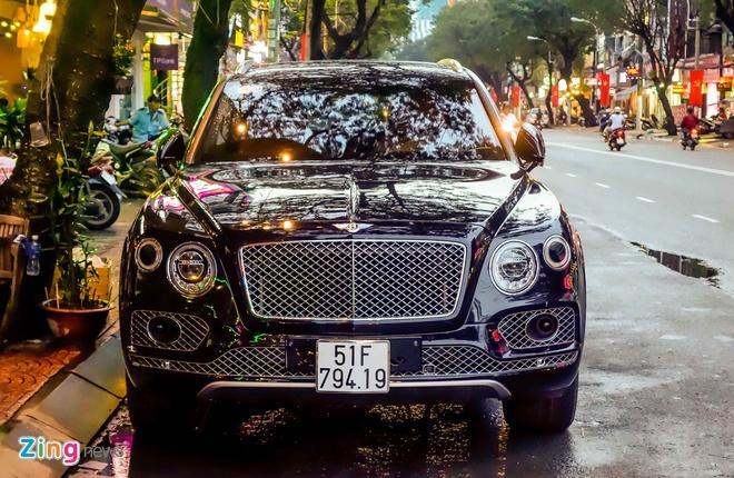 Anh Bentley Bentayga - sieu SUV gia 19 ty dong o Sai Gon hinh anh 4