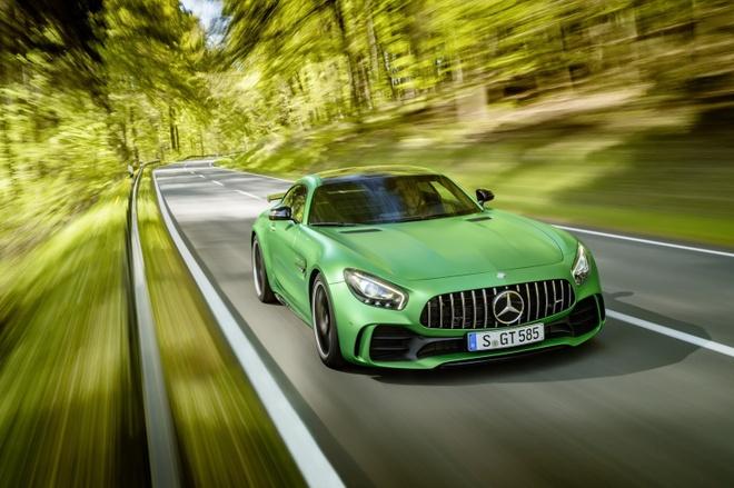 Ba sieu xe Mercedes-Benz moi cong bo gia hinh anh 3