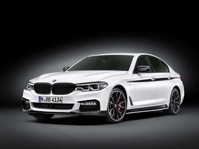 BMW ra goi do chinh hang cho Series 5 doi 2017 hinh anh 1