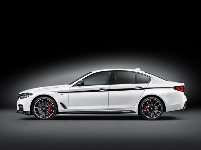 BMW ra goi do chinh hang cho Series 5 doi 2017 hinh anh 6