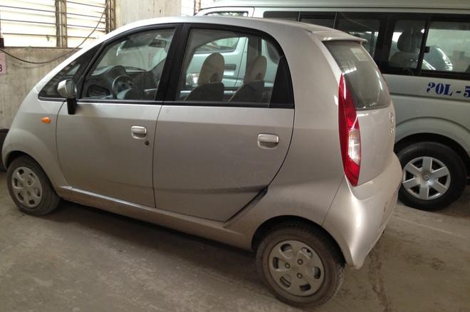 Vi sao xe hoi Tata Nano gia 2.000 USD that bai? hinh anh