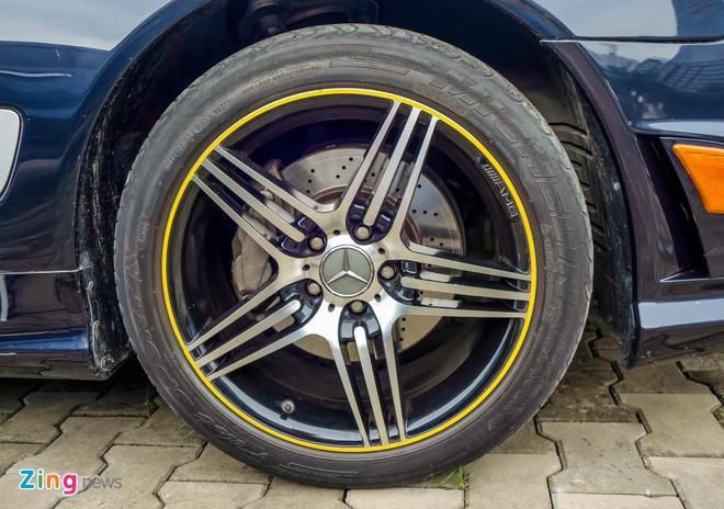 Xe the thao hiem Mercedes SL63 AMG cua dai gia Sai Gon hinh anh 6