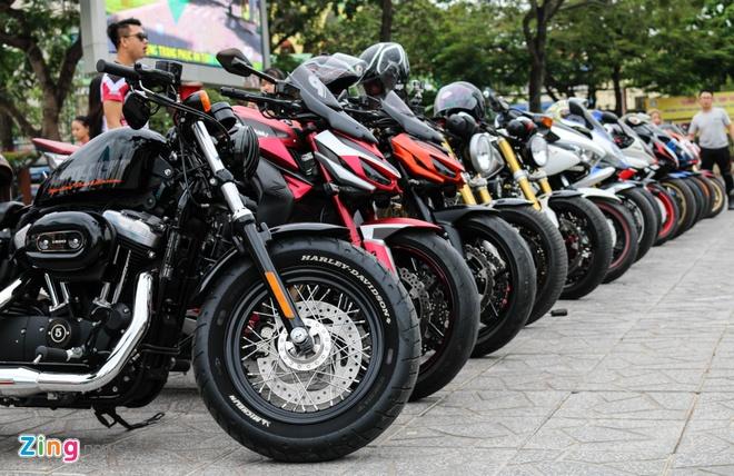 200 moto phan khoi lon tu hop o Can Tho anh 3