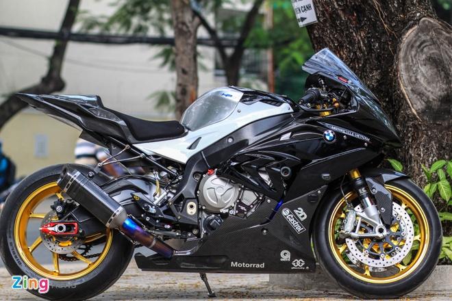 Sieu moto BMW S1000RR do dan ao carbon o Sai Gon hinh anh 1