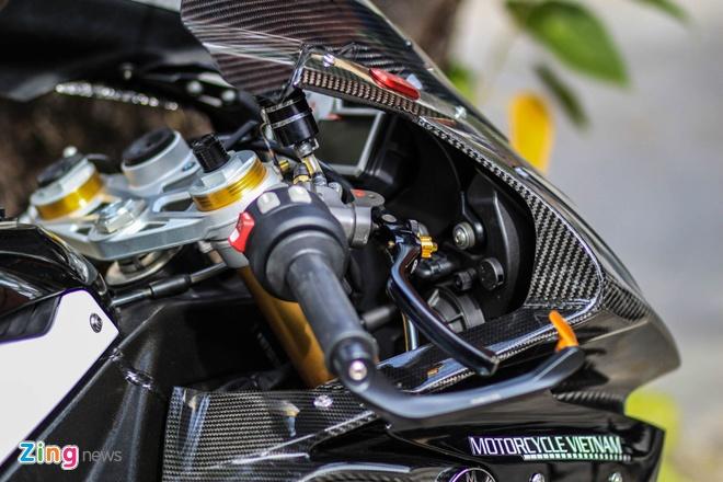 Sieu moto BMW S1000RR do dan ao carbon o Sai Gon hinh anh 10