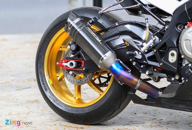 Sieu moto BMW S1000RR do dan ao carbon o Sai Gon hinh anh 4
