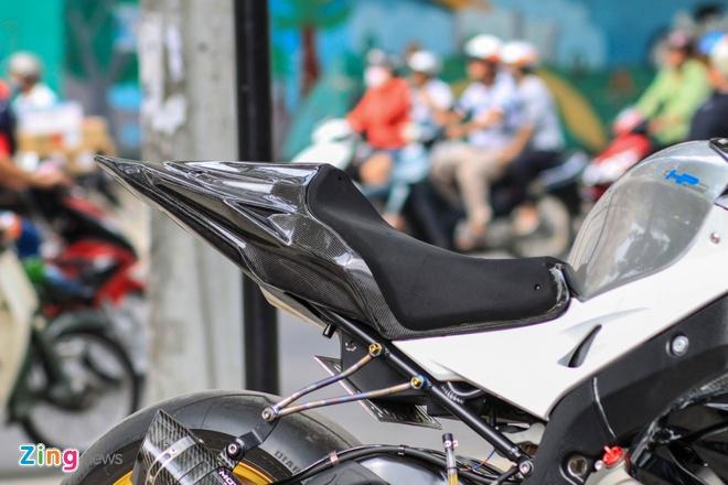 Sieu moto BMW S1000RR do dan ao carbon o Sai Gon hinh anh 6