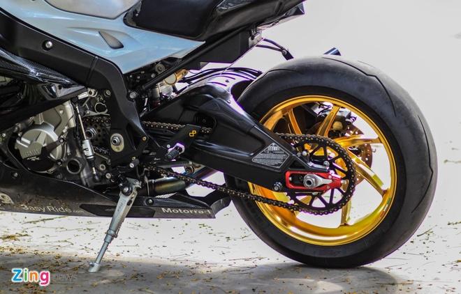 Sieu moto BMW S1000RR do dan ao carbon o Sai Gon hinh anh 7