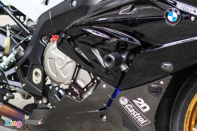 Sieu moto BMW S1000RR do dan ao carbon o Sai Gon hinh anh 9