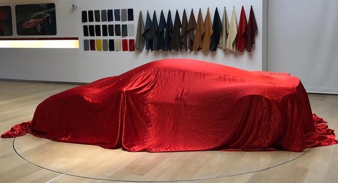 Ferrari up mo ve sieu xe bi an hinh anh 1