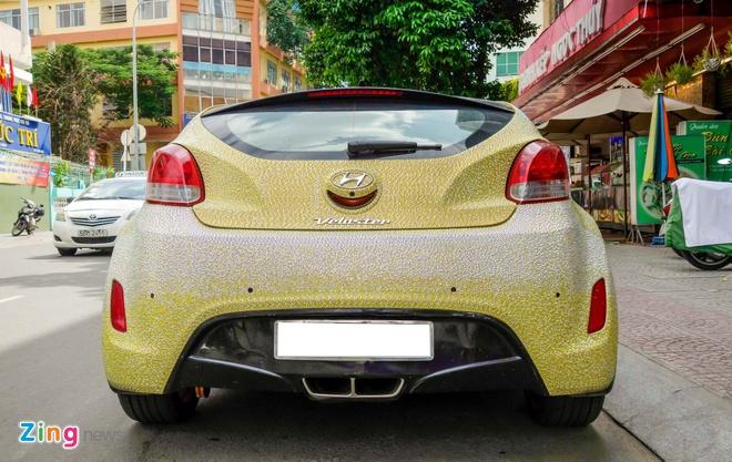 Hyundai Veloster dinh hang nghin vien pha le o Sai Gon hinh anh 3
