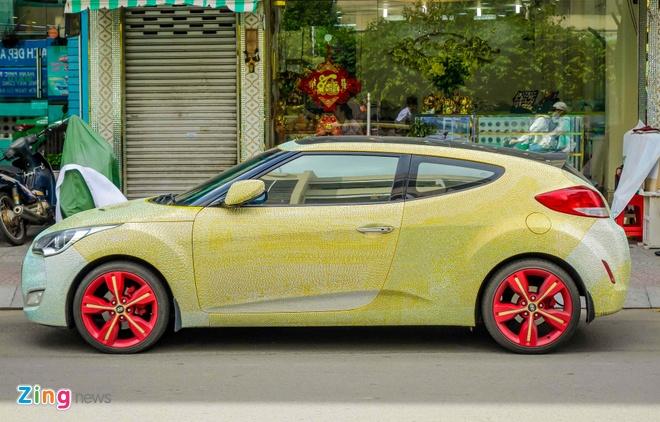Hyundai Veloster dinh hang nghin vien pha le o Sai Gon hinh anh 5