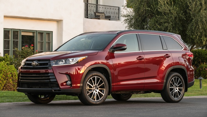Toyota Highlander 2017 doi thu Ford Explorer anh 1
