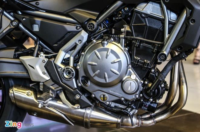 Chi tiet nakedbike gia mem Kawasaki Z650 vua ra mat tai VN hinh anh 3