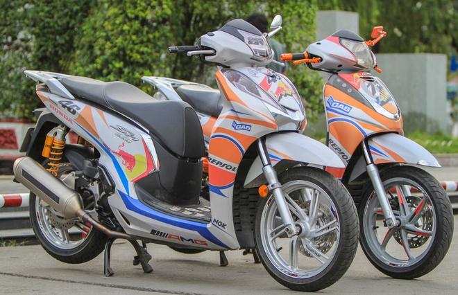 Hai chiec Honda SH300i do do choi don Tet o Sai Gon hinh anh