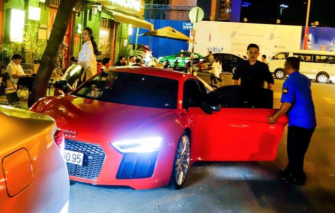Dong Nhi - Ong Cao Thang lai sieu xe Audi R8 13 ty dao pho hinh anh