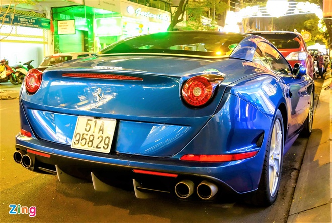 Sieu xe Ferrari California T thu hai xuat hien o Sai Gon hinh anh 4