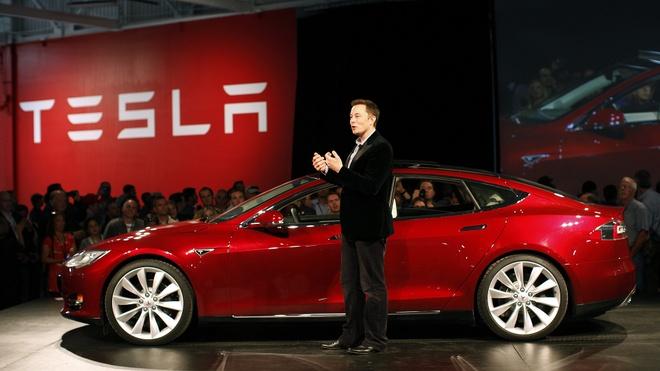 Nguyen nhan Elon Musk khong bo Hoi dong co van Donald Trump hinh anh 2