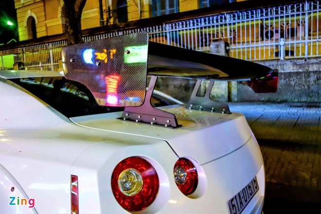 Xe the thao Nissan GT-R do than rong kieu Nhat tai Sai Gon hinh anh 5