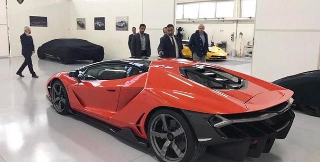 Lamborghini Centenario dau tien ve tay tu truong A Rap hinh anh 2