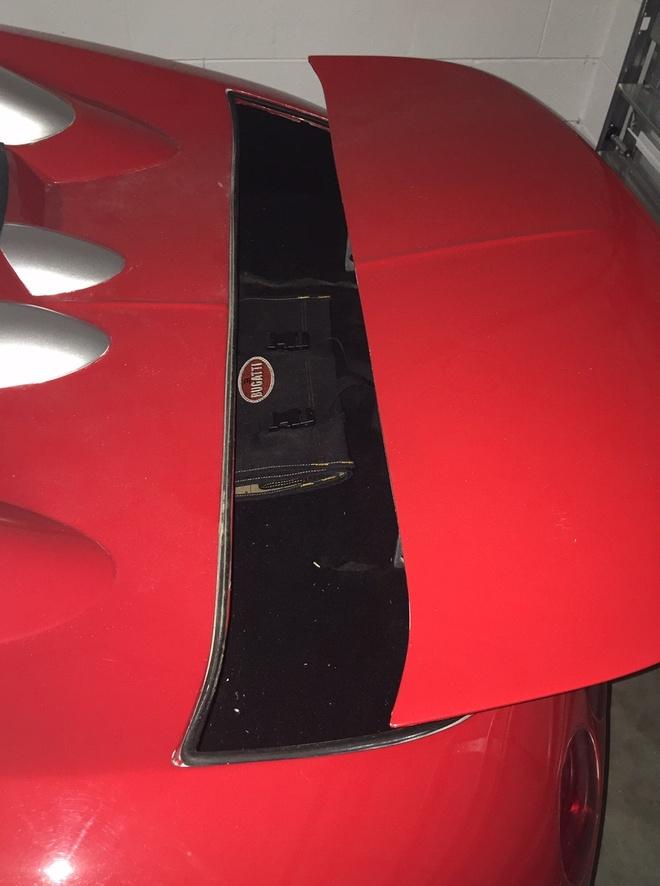 Bugatti Veyron nhai nhu that gia 75.000 USD hinh anh 6