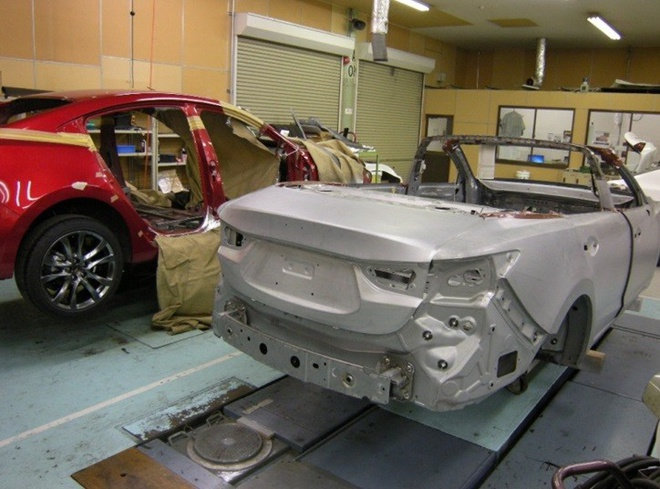 Mazda6 bien thanh xe mui tran la mat hinh anh 6