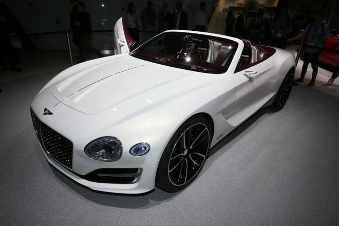 Bentley ra mat sieu xe dien moi hinh anh 1