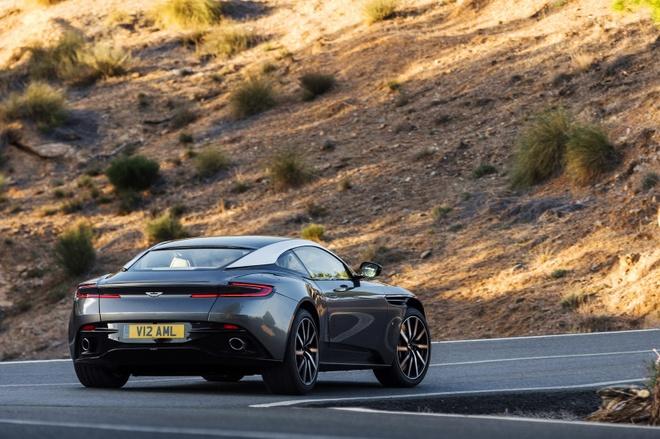 Aston Martin sap ra mat sieu xe su dung dong co Mercedes hinh anh 2